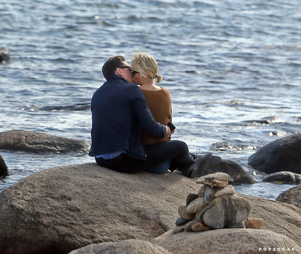 fde97bc8c Taylor Swift and Tom Hiddleston s Cute Pictures
