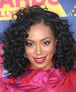 Solange Knowles at MTV VMAs: Hair and Makeup
