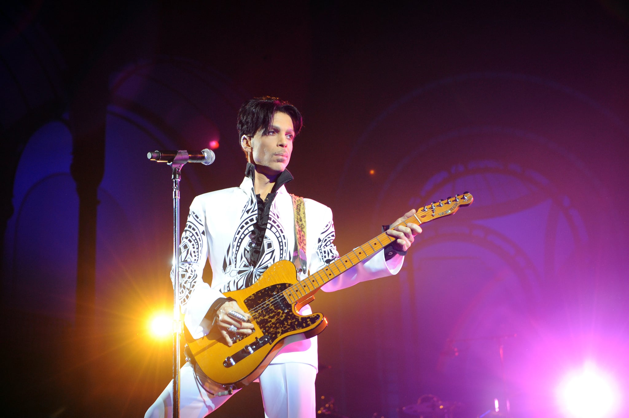 US singer Prince performs on October 11, 2009 at the Grand Palais in Paris. Prince has decided to give two extra concerts at the Grand Palais titled