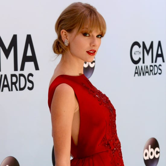 Taylor Swift In Red Dress At 2013 Country Music Awards