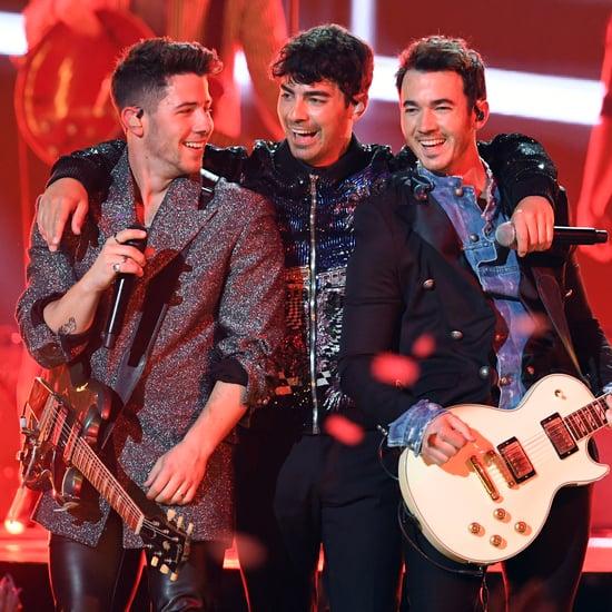 "Jonas Brothers ""Like It's Christmas"" Song"