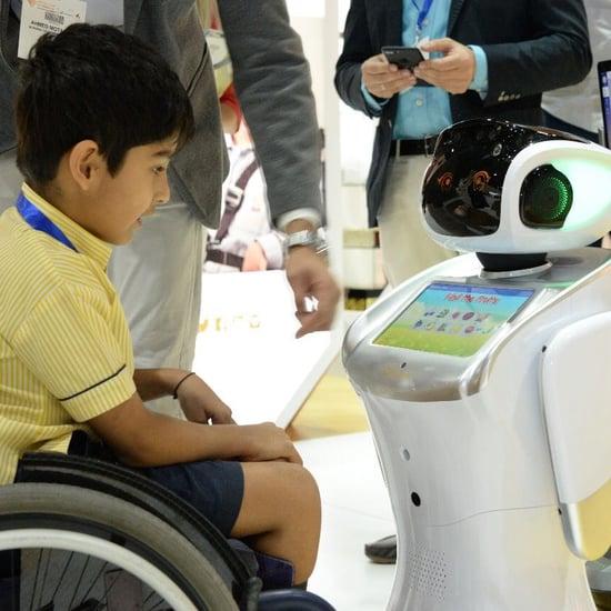 إطلاق روبوتات مساعد المدرس في مراكز للتوحد بالإمارات