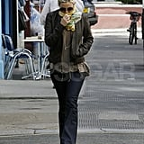 Kate Hudson out for breakfast.