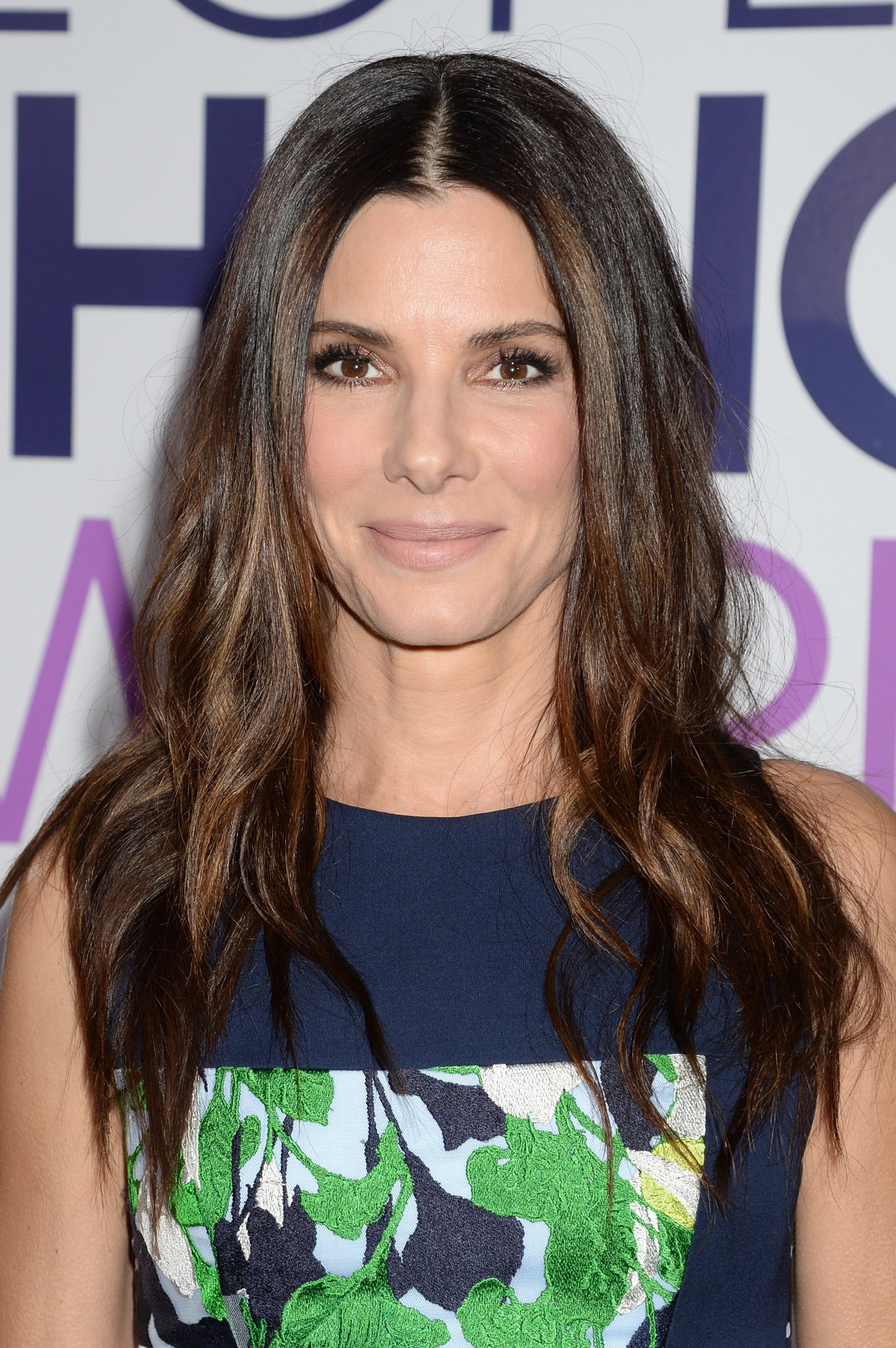 Sandra Bullock Hair At People S Choice Awards 2014