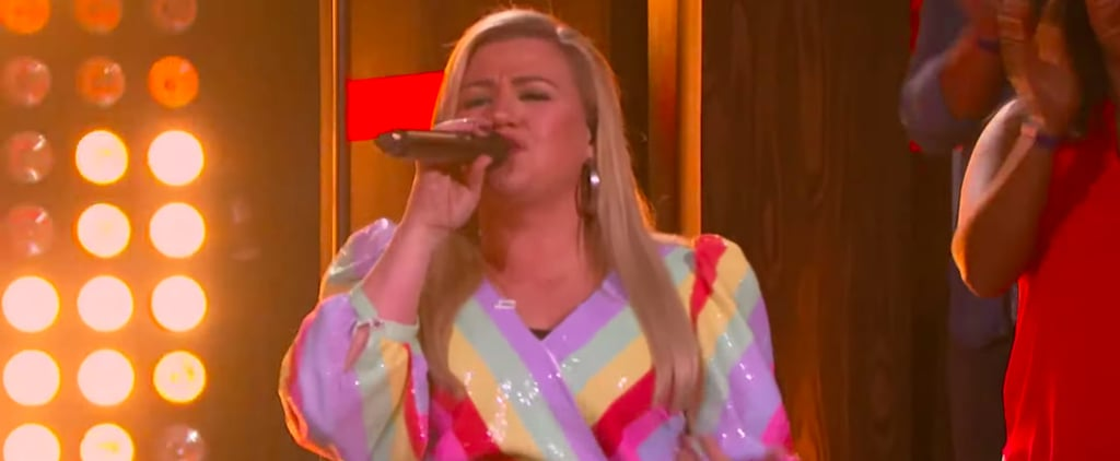 """Watch Kelly Clarkson Singing """"Juice"""" by Lizzo Video"""
