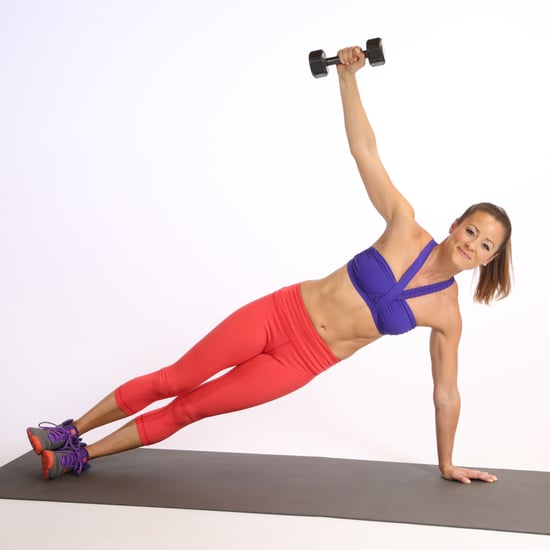 Side Plank mit Hantel als Gewicht
