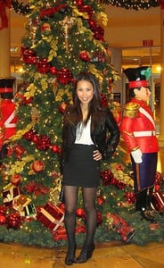 Look of the Day: Rockin' Holiday