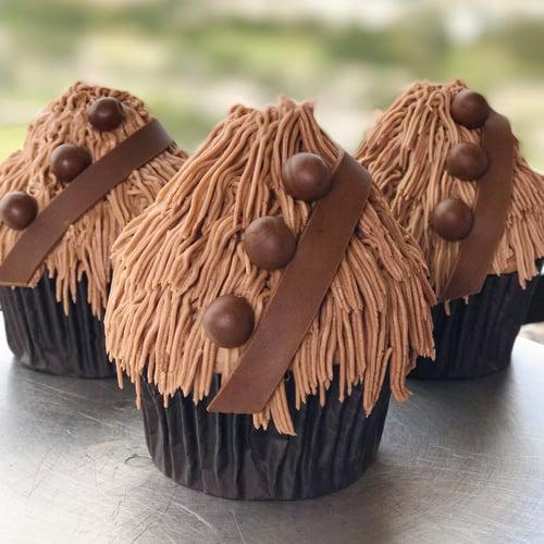 Chewbacca Chocolate Creme Cupcakes