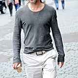 Brad Pitt looked laid-back and cool in a long-sleeved gray t-shirt.