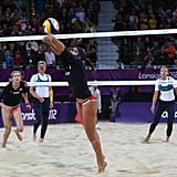 Misty May-Treanor and Kerri Walsh settled any doubts after winning their first match against Australia's Nat Cook and Tamsin Hinchley.