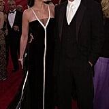 Julia Roberts and Benjamin Bratt