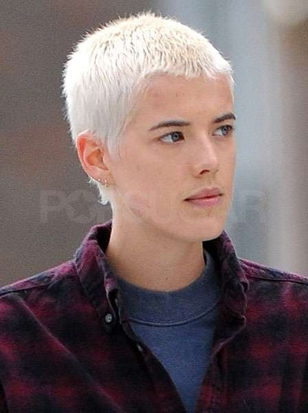 pictures of agyness deyn with new blonde cropped hair