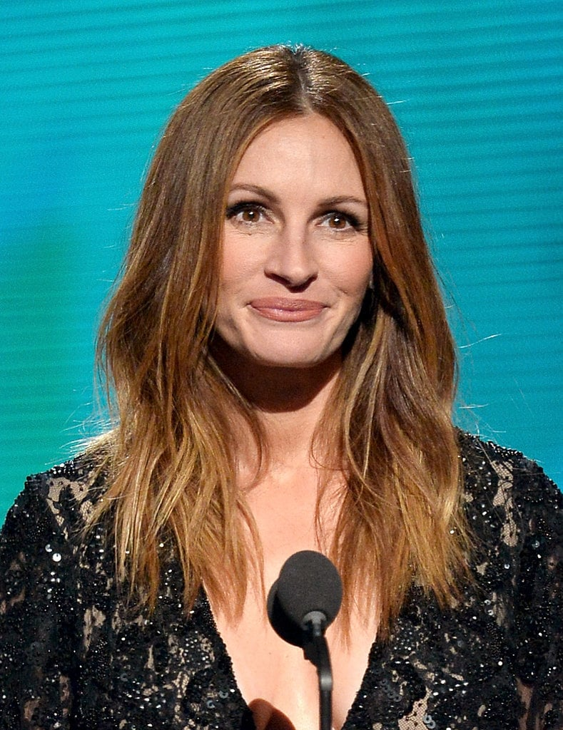 We were shocked to see Julia Roberts at the Grammys, but our Twitter followers were happy to see her beachy waves nonetheless.