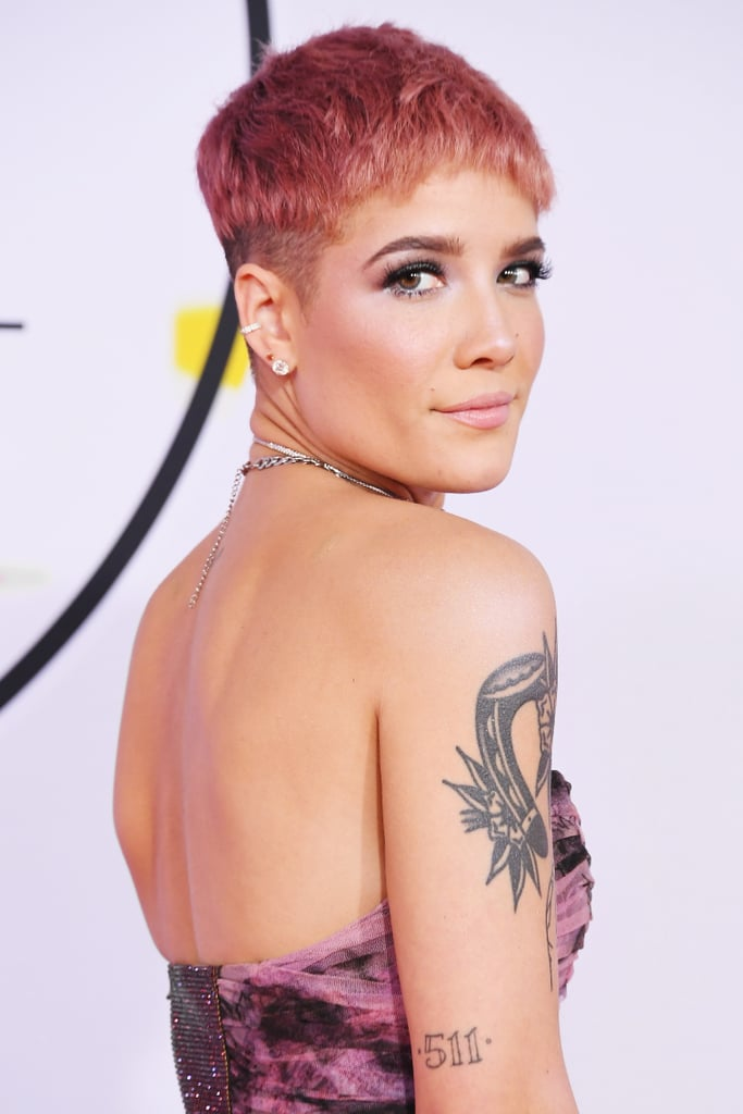 Halsey at the AMAs