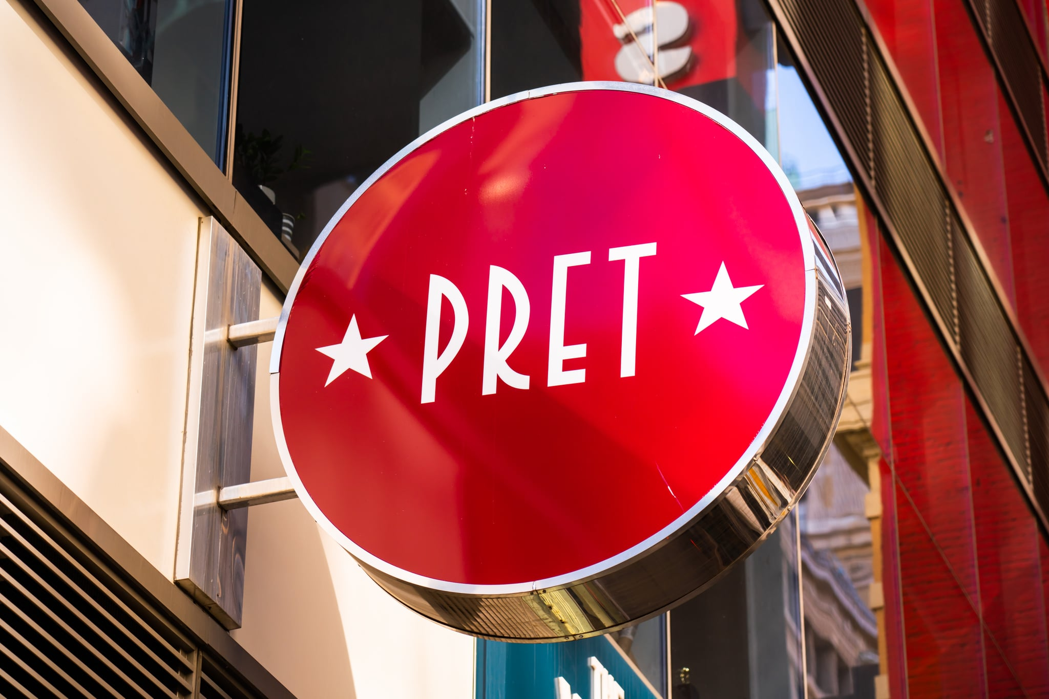 NEW YORK CITY, UNITED STATES - 2020/02/20: British sandwich shops chain, Pret A Manger logo seen in New York City. (Photo Illustration by Alex Tai/SOPA Images/LightRocket via Getty Images)