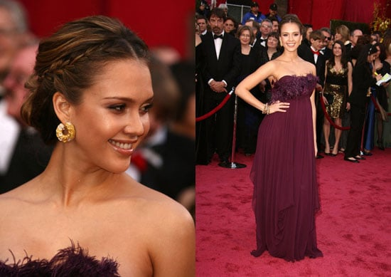 Oscars Red Carpet: Jessica Alba