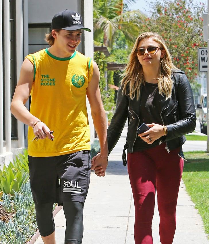 foto de Brooklyn Beckham and Chloe Grace Moretz Holding Hands in LA ...