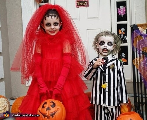 Beetlejuice And Lydia Matching Sibling Costumes For Kids Halloween Popsugar Australia Parenting Photo 20