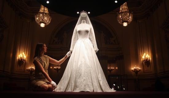 Kate Middleton Buckingham Palace Wedding Dress Display [Pictures]