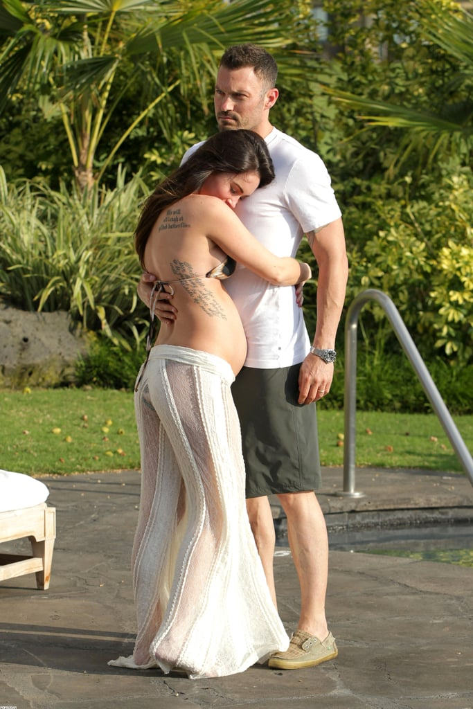 Pregnant Megan Fox and Brian Austin Green showed PDA in Kona.