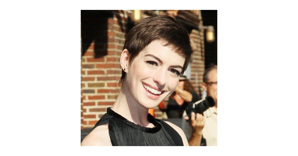 Anne Hathaway Short Haircut Popsugar Beauty