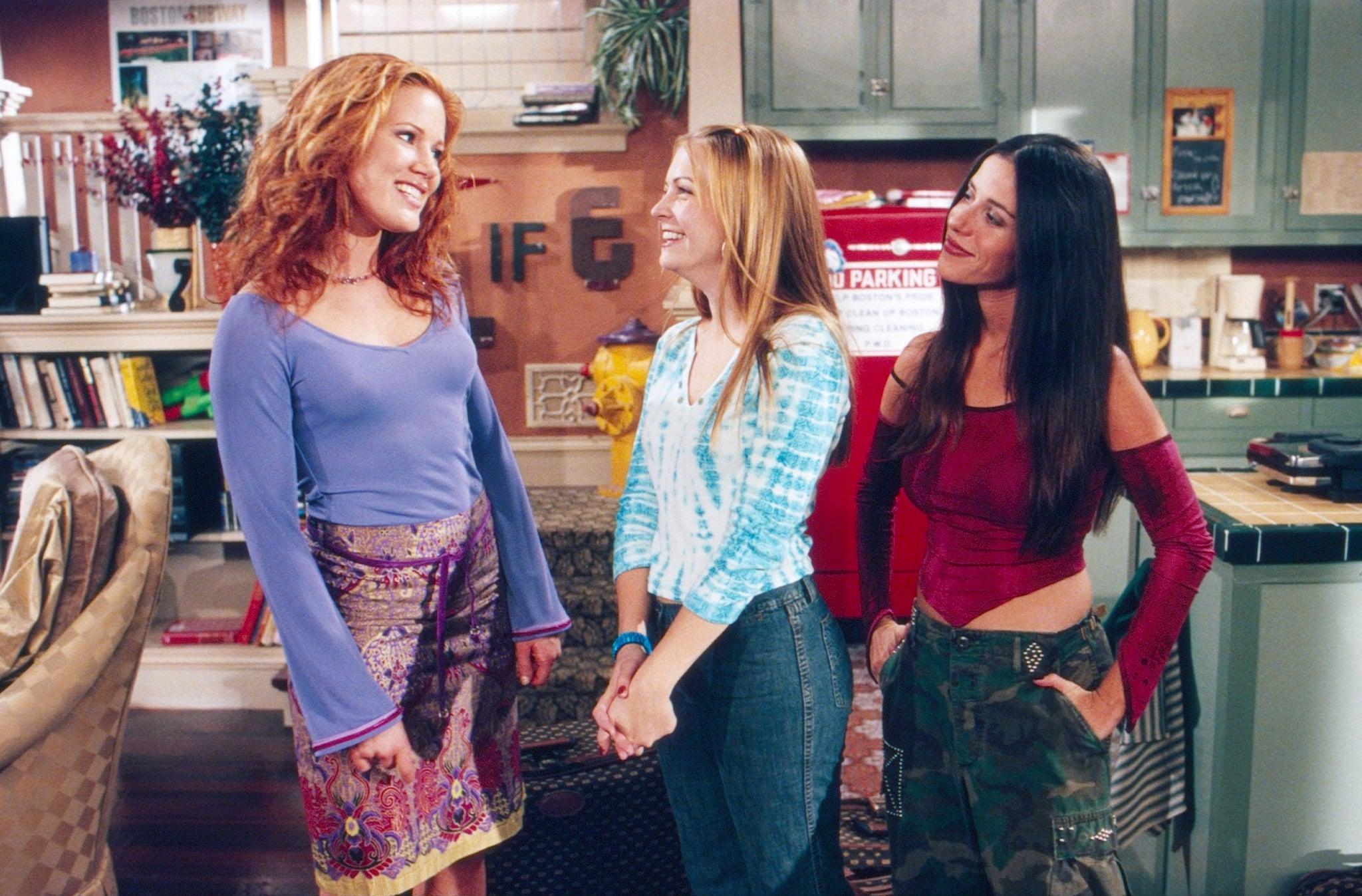SABRINA THE TEENAGE WITCH, from left: Elisa Donovan, Melissa Joan Hart, Soleil Moon Frye, (Season 5, 2000), 1996-2003. photo: Randy Tepper / Viacom / Courtesy: Everett Collection