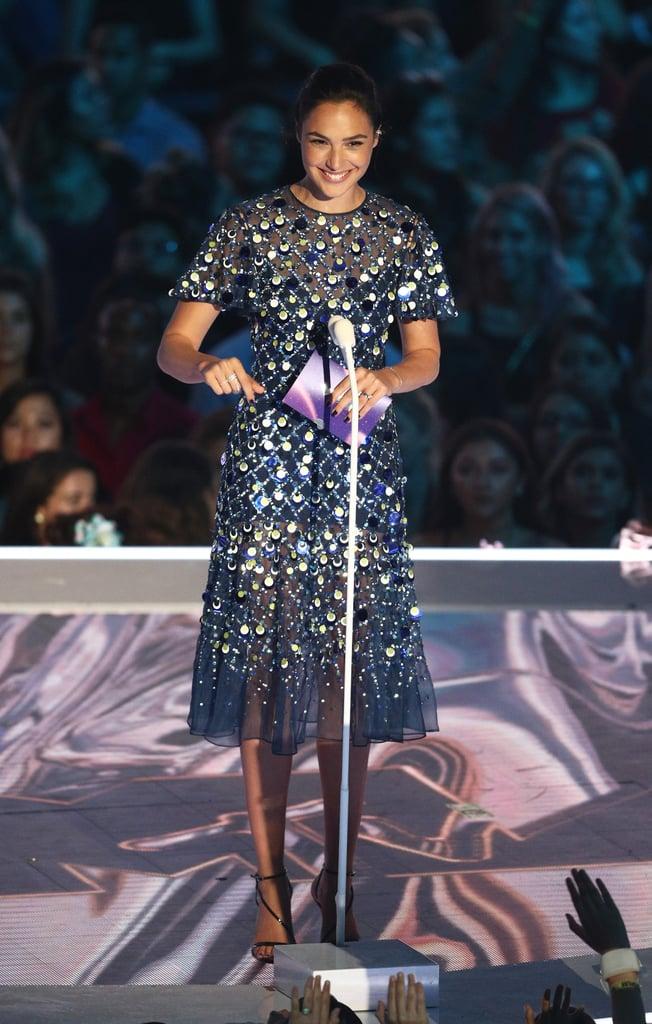 Gal Gadot's Dress For VMAs 2017