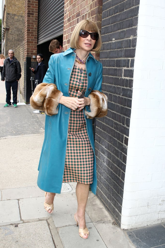 Anna Wintour made her way around London Fashion Week in a cozy style.