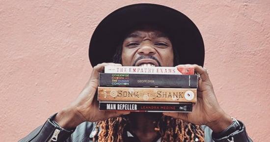 #LiterarySwag Movement Makes It Stylish To Read Books