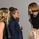 Anna Wintour, Ashley Olsen, and Mary-Kate Olsen chatted at the awards in NYC.