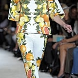 Spring 2011 Paris Fashion Week: Stella McCartney 2010-10-04 09:49:58