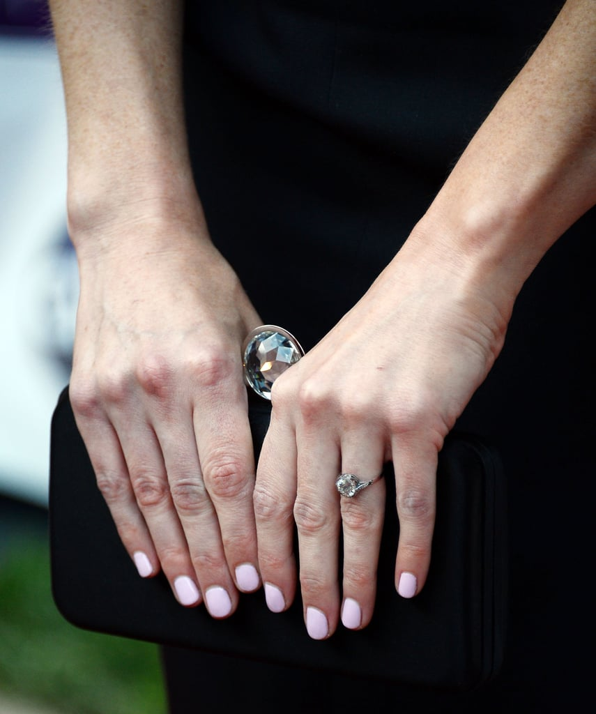 Pics Alexis Bledel Engagement Ring From Vincent