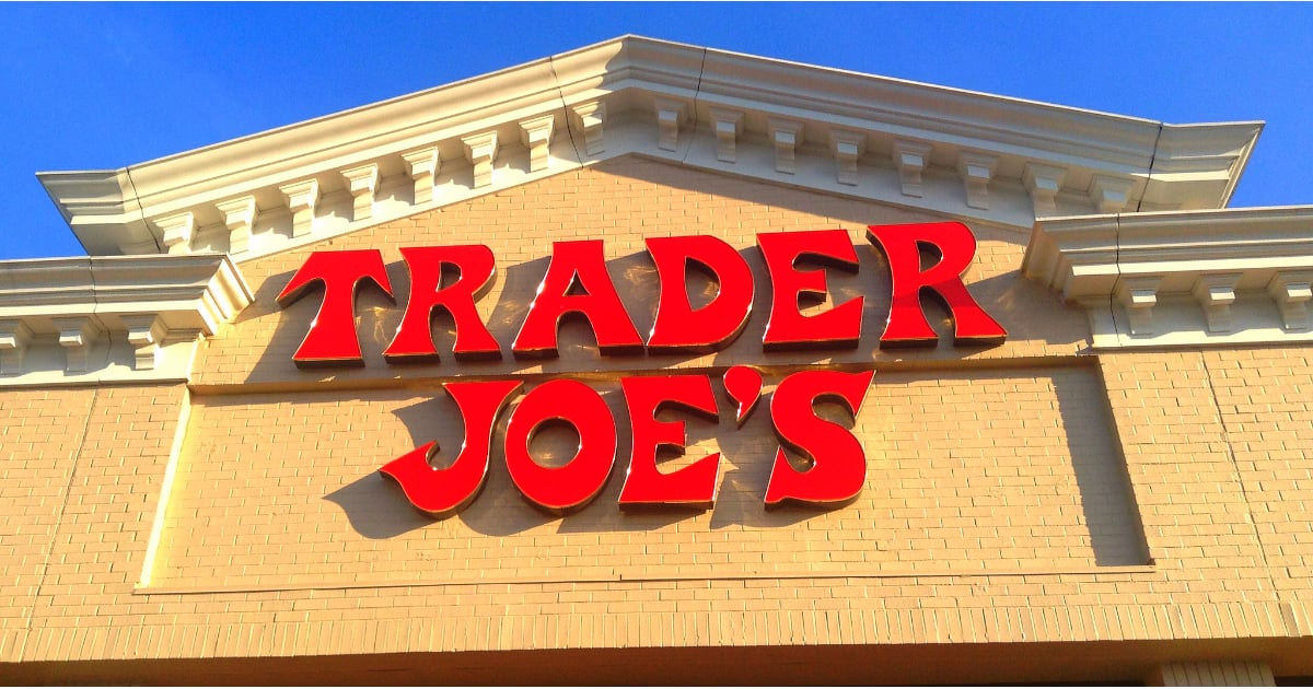 PopsugarLivingTrader Joe'sThe Benefits of Living Near a Trader Joe'sLiving Close to a Trader Joe's Has a HUGE Benefit You Never Knew AboutJanuary 25, 2016 by Angela EliasFirst Published: August 18, 20151.2K SharesChat with us on Facebook Messenger. Learn what's trending across POPSUGAR.Living in close proximity to a Trader Joe's has its obvious perks — what busy foodie can resist these go-to grocery staples? But the biggest bonus is one you probably had no idea about. A new study by RealtyTrac uncovered how it can also boost your property value — by a lot. After searching through data pulled from over 1.7 million homes in 188 zip codes, homeowners who share a zip code with a Trader Joe's have benefitted from a 40 percent increase in their home value from the time the store opened. In comparison, homeowners who welcome a Whole Foods into the neighborhood only saw a 34 percent rise in their property value. The study also points out that homes near a Trader Joe's have a higher value on average: $592,339, fi - 웹