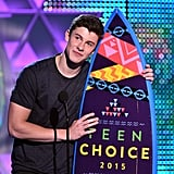 Shawn Mendes Flashes a Sweet Grin While Accepting His Teen Choice Award
