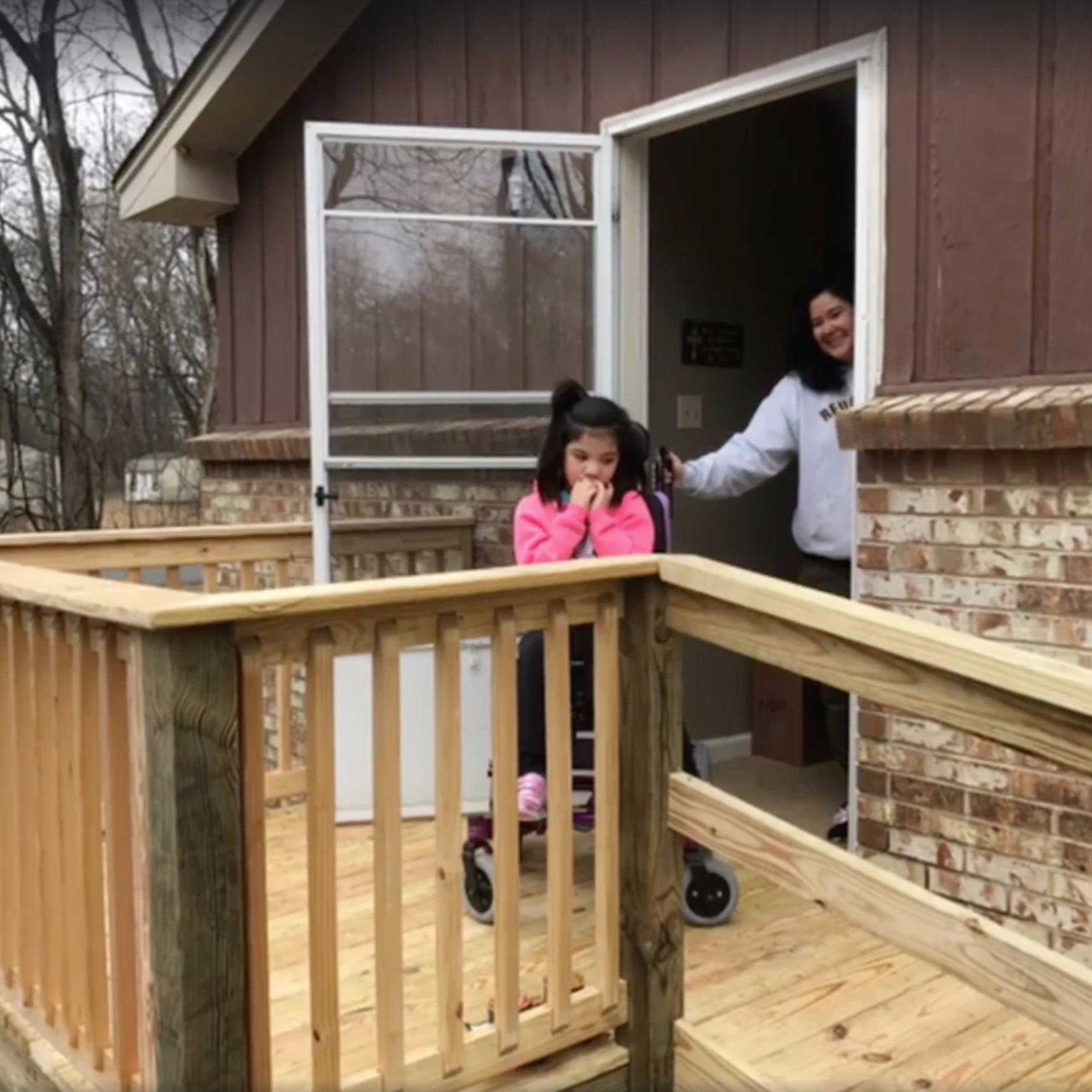 Bus Driver Builds Ramp For Girl in Wheelchair