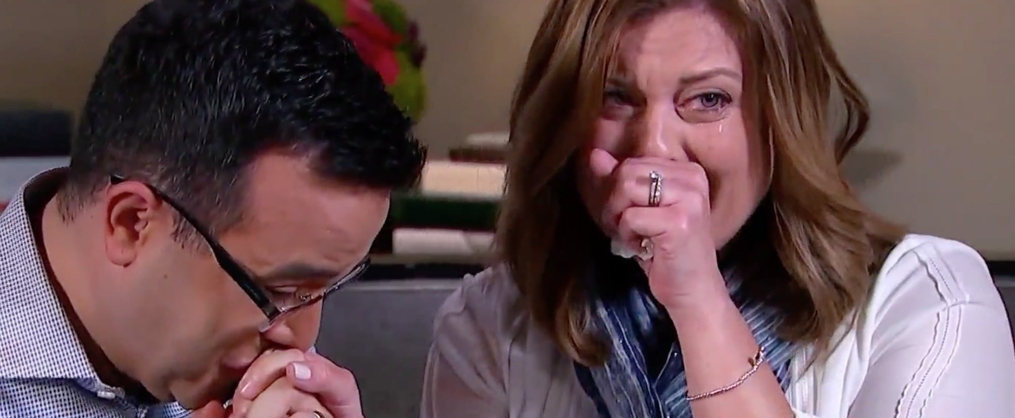 """Hoda Kotb Tricks Couple Into Doing Adoption """"Interview,"""" Only to Deliver a Shocking Surprise"""