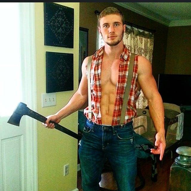 The Lumberjack Look Is Apparently The Canadian Standard Of Beauty For Men
