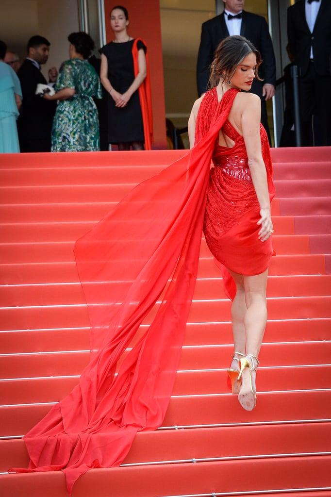 Alessandra Ambrosio Red Julien Macdonald Rochie la Cannes 2019