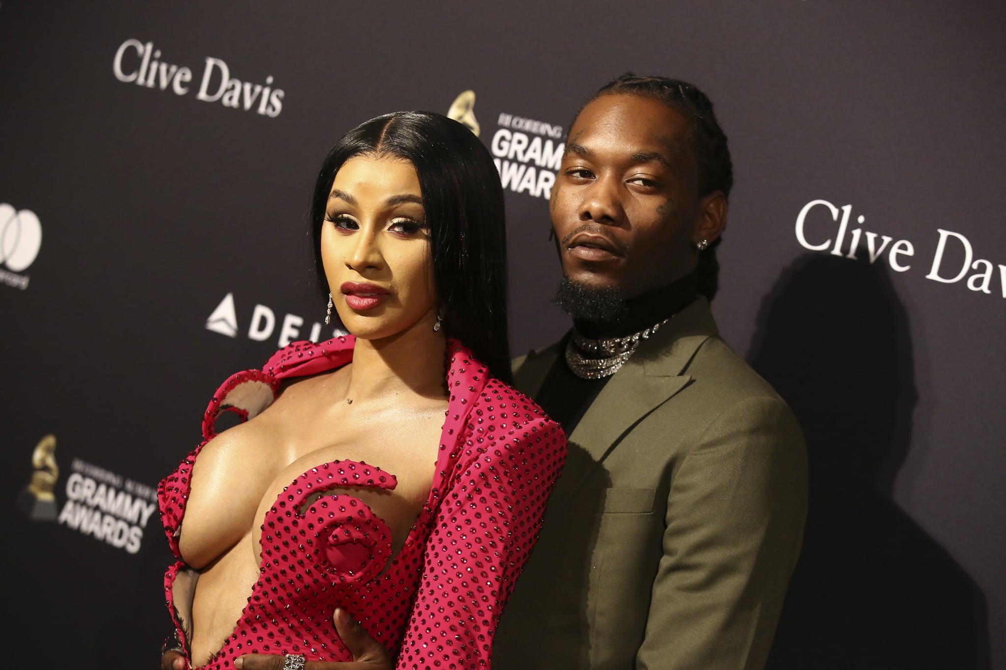 BEVERLY HILLS, CALIFORNIA - JANUARY 25: Cardi B (L) and Offset attend the Pre-GRAMMY Gala and GRAMMY Salute to Industry Icons Honoring Sean