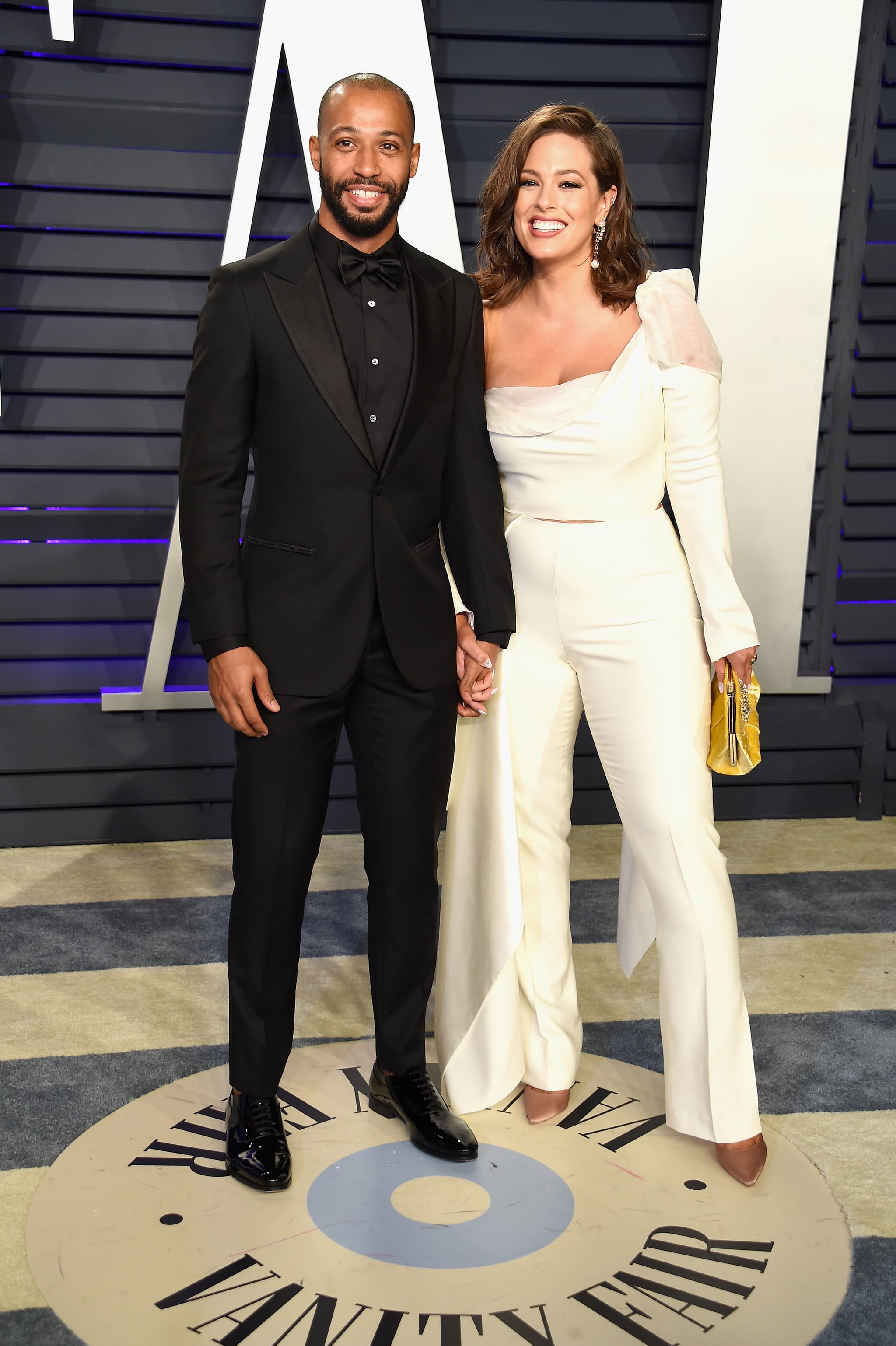 BEVERLY HILLS, CA - FEBRUARY 24:  Justin Ervin and Ashley Graham attend the 2019 Vanity Fair Oscar Party hosted by Radhika Jones at Wallis Annenberg Centre for the Performing Arts on February 24, 2019 in Beverly Hills, California.  (Photo by Gregg DeGuire/FilmMagic)