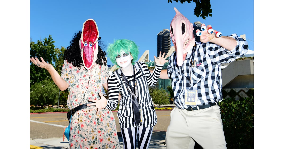 Beetlejuice Characters 140 Photos Of The Most Creative Cosplays From San Diego Comic Con 2019 Popsugar Entertainment Photo 46