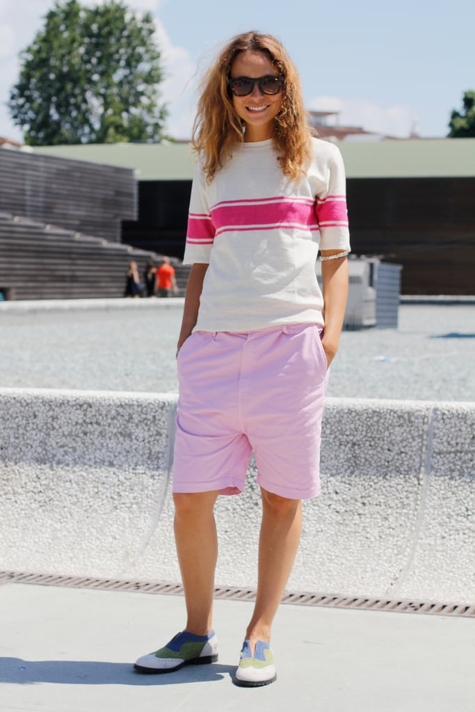 Her tomboy shorts and tee combo was finished in ultra-girlie pinks.