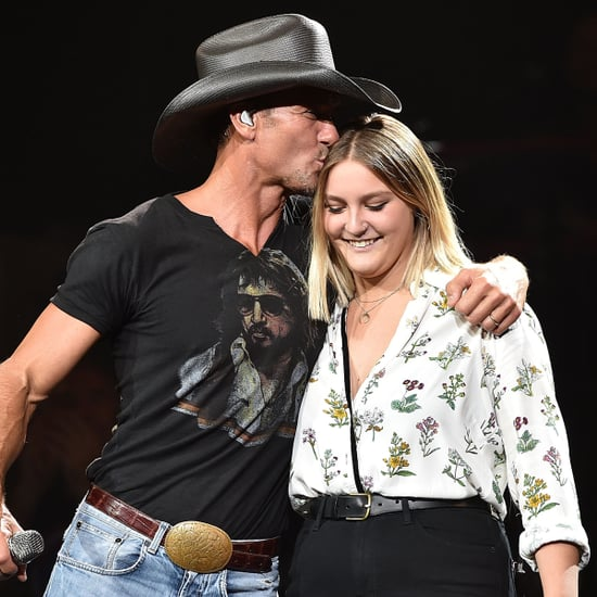 Tim McGraw Sings With His Daughter, Grace, August 2015