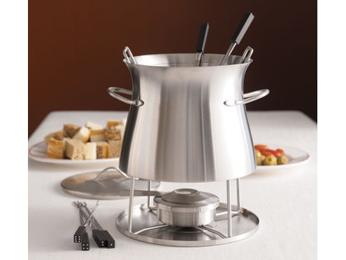 Sunday Dinner: Classic Cheese Fondue