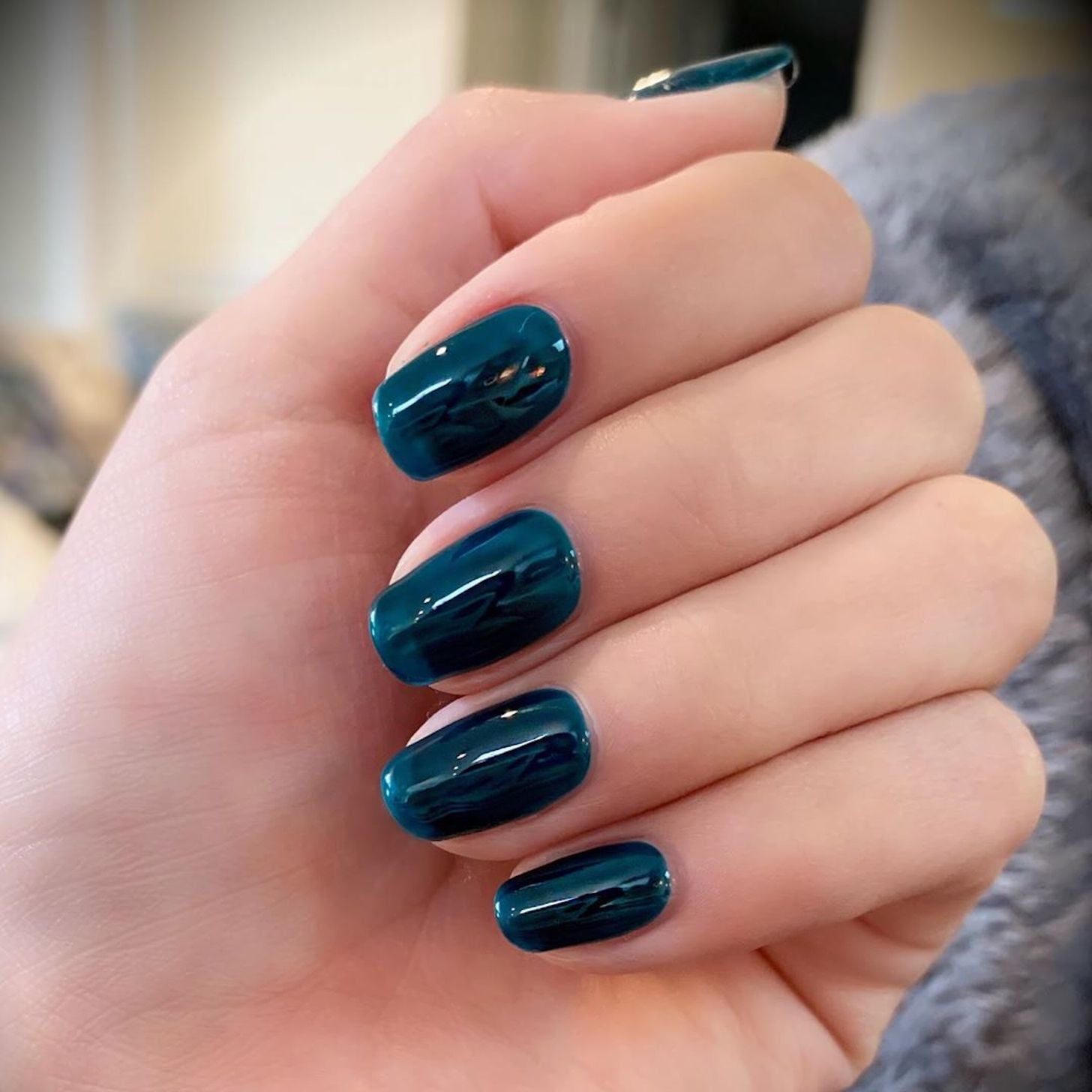 Best Celebrity Fall Nail Polish Colors