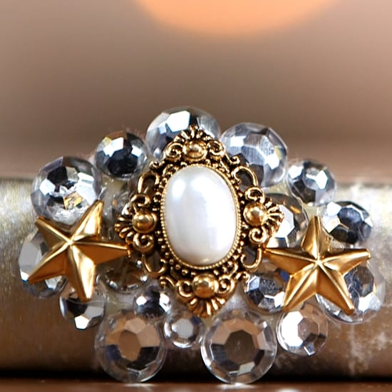 Make Your Own Vintage Brooch (Video)