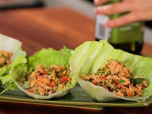 No Carb Snacks: Healthy Tuna and Lettuce Cups