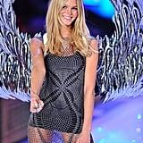 Victoria's Secret Models Prep For Tonight's Big Runway Show!