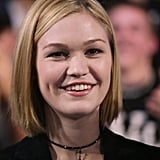 Julia Stiles sported a choker for her TRL appearance in 2003.