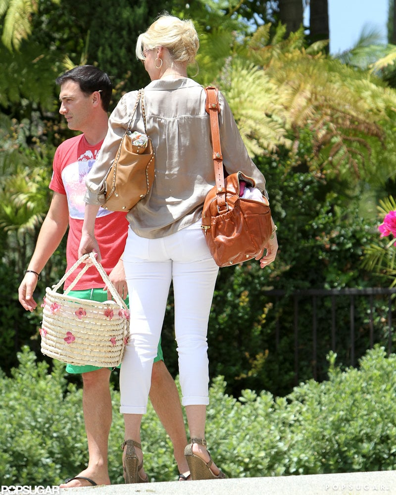 Katherine Heigl took her newly adopted daughter to meet a friend in LA.